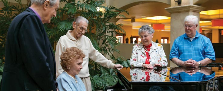 Piano time in the lobby at Paradise Village